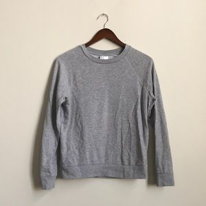 H&M: crew neck sweatshirt: grey